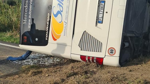 incidente mortale trapani bus salemi