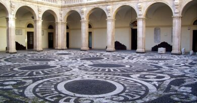 Cortile palazzo centrale Unict