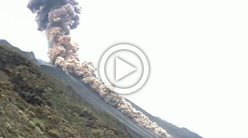 Stromboli esplosione video