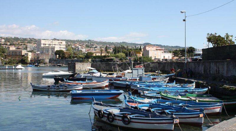 Ognina porticciolo Catania live
