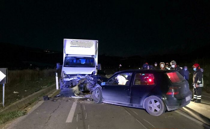 Incidente mortale auto furgone Agrigento