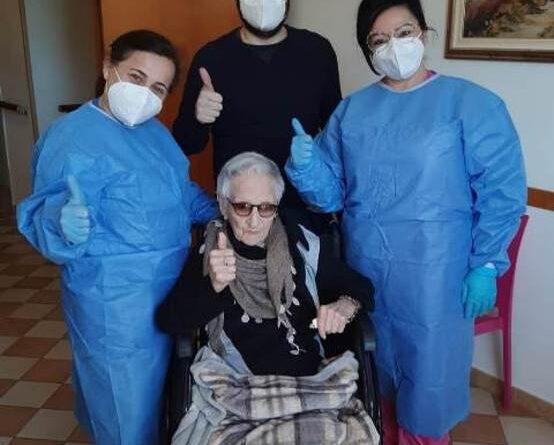 Vaccino Ragusa 107 anni