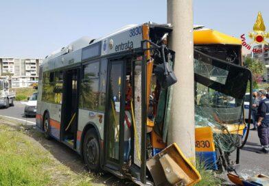 Bus Amt Catania incidente