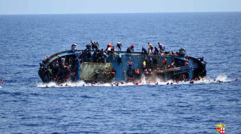 MIgranti lampedusa barcone