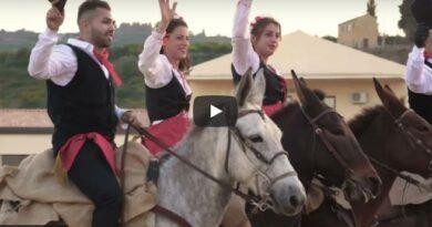 Ambelia Fiera del cavallo video